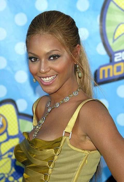 Beyonce: 2001-2011 μέσα από φωτογραφίες (4)