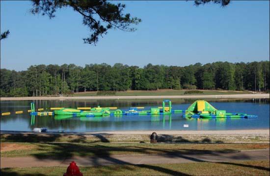 Εκπληκτικά φουσκωτά water parks (5)
