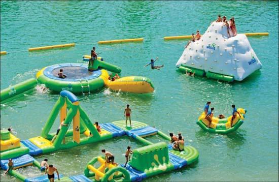 Εκπληκτικά φουσκωτά water parks (14)