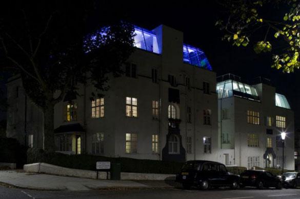 Εντυπωσιακό γυάλινο ρετιρέ στο Notting Hill (1)