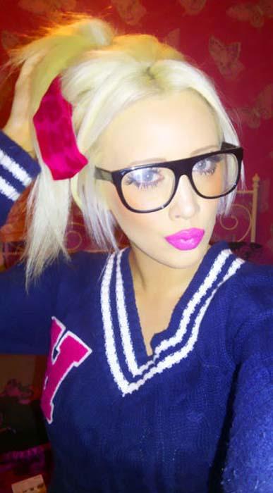 Laura Catherine Vinicombe: Το κορίτσι «Barbie» (18)