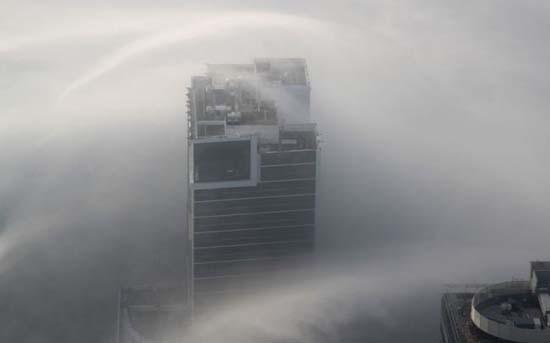 Όταν η ομίχλη σκεπάζει το Dubai (7)