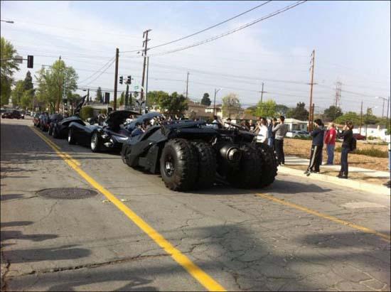 Η παρέλαση των Batmobiles (3)