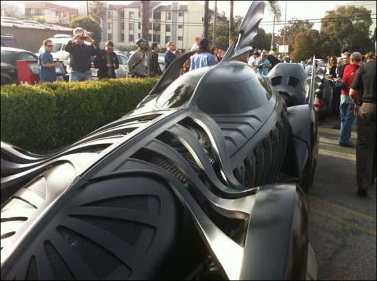 Η παρέλαση των Batmobiles (4)