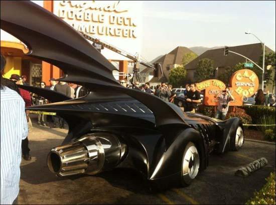 Η παρέλαση των Batmobiles (6)