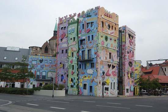 Το πιο χαρούμενο κτήριο στον κόσμο (2)