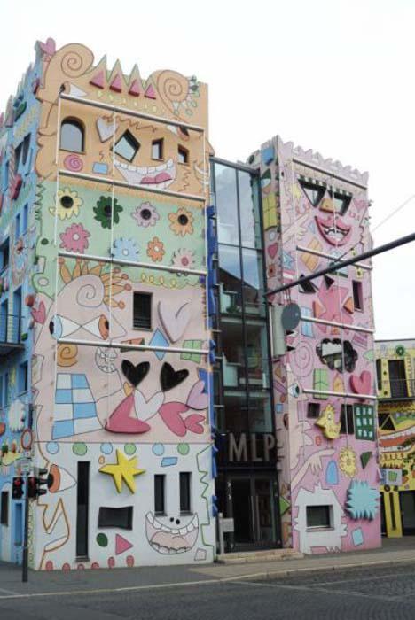 Το πιο χαρούμενο κτήριο στον κόσμο (17)