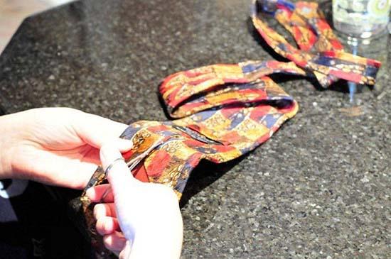 Βάψτε τα πασχαλινά αβγά χρησιμοποιώντας... γραβάτες! (6)
