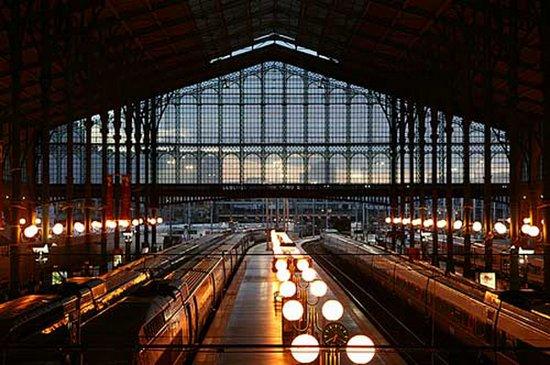 Οι ωραιότεροι σιδηροδρομικοί σταθμοί στον κόσμο (5)