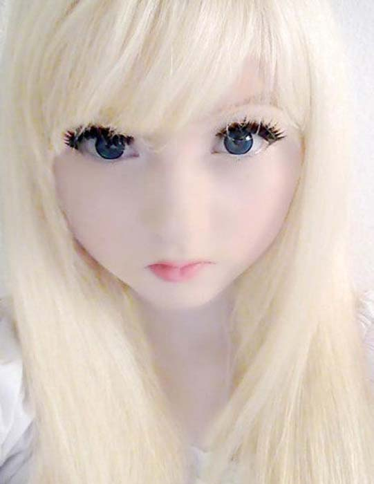 Άλλη μια περίπτωση ζωντανής κούκλας (8)