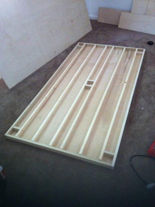 Πως να κατασκευάσετε ένα αιωρούμενο κρεβάτι με μαγνήτες (2)