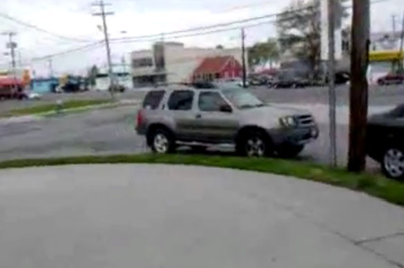 Ανυπόμονος σκύλος στο αυτοκίνητο