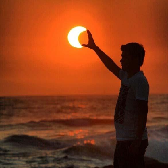 Παράξενες και αστείες φωτογραφίες από την χθεσινή έκλειψη Ηλίου (11)