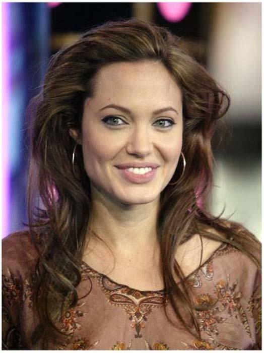 Τα διαφορετικά στυλ της Angelina Jolie από το 1998 μέχρι σήμερα (11)