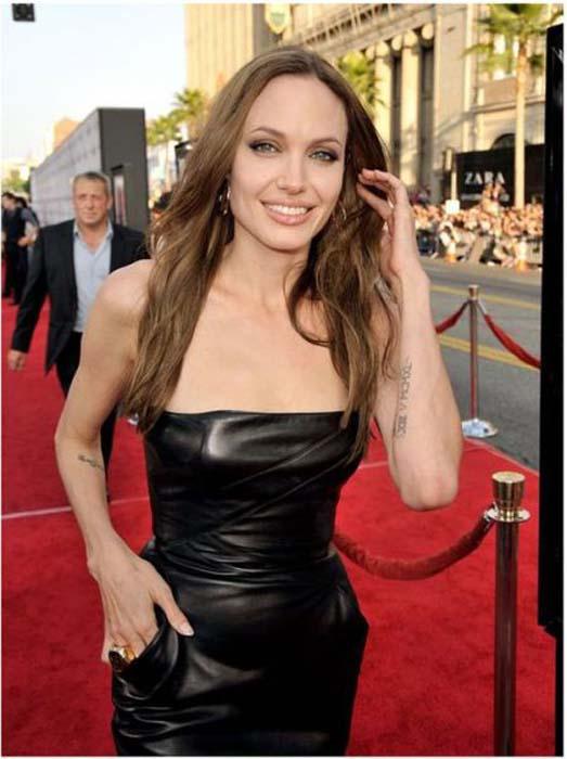 Τα διαφορετικά στυλ της Angelina Jolie από το 1998 μέχρι σήμερα (22)