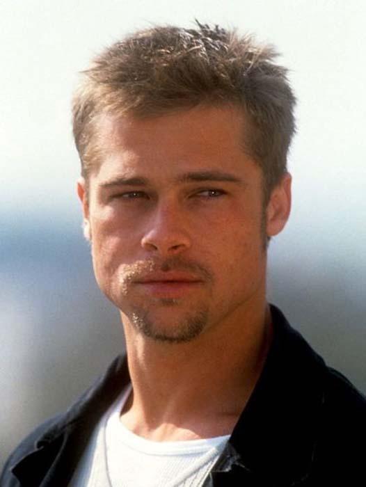 Τα διαφορετικά στυλ του Brad Pitt από την ενηλικίωση του μέχρι σήμερα (9)