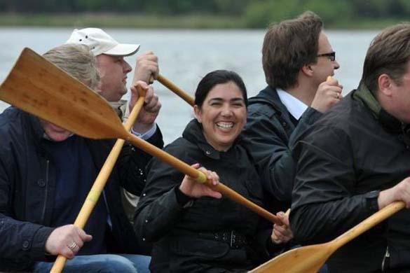 Δυσάρεστη έκπληξη για γερμανούς πολιτικούς (5)