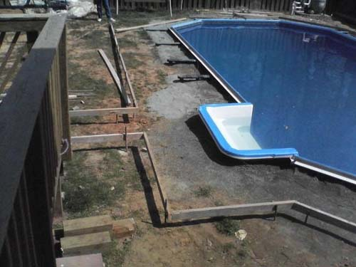 Έφτιαξε μόνος του πισίνα για το σπίτι του (35)