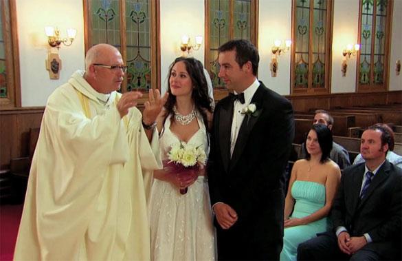 Φάρσα: Η νύφη ερωτεύτηκε έναν άγνωστο