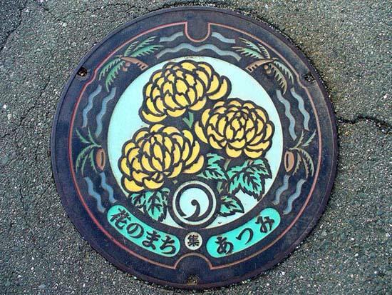 Στην Ιαπωνία τα καπάκια φρεατίων είναι αφορμή για... τέχνη! (4)