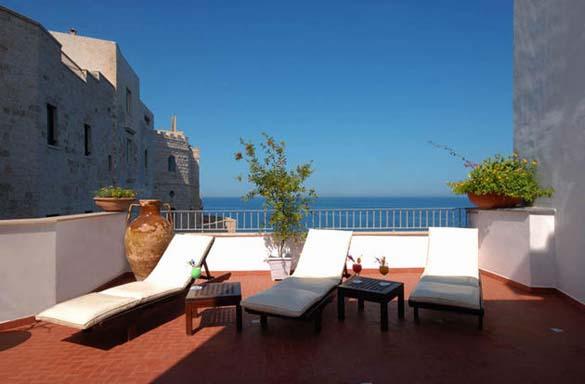 Εκπληκτικό ξενοδοχείο μέσα σε βράχο με θέα την Αδριατική (10)