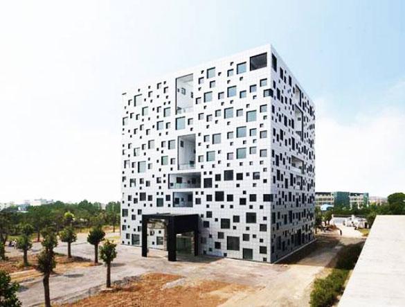 Κτήριο με 1000 παράθυρα (1)