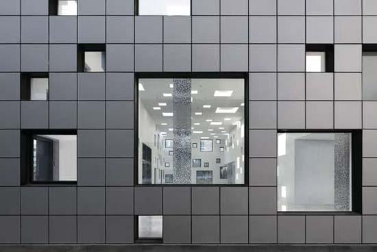 Κτήριο με 1000 παράθυρα (3)