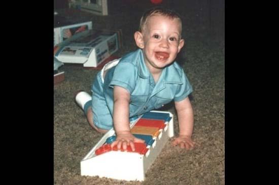 Χρόνια πολλά Mr Facebook! Η ζωή του Mark Zuckerberg σε φωτογραφίες (20)