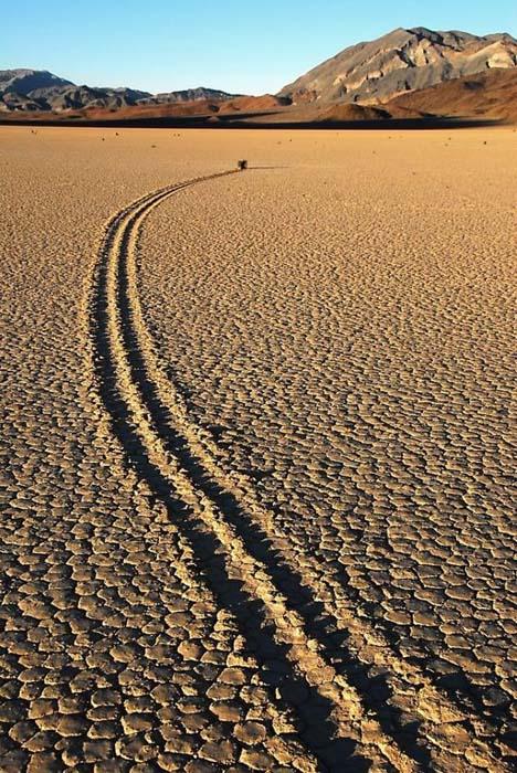 Η μυστηριώδης Κοιλάδα του Θανάτου στην Καλιφόρνια (14)