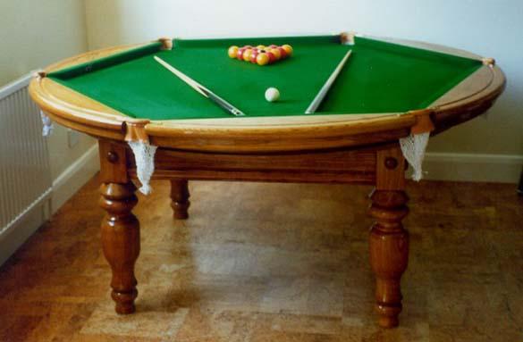 10 παράξενα τραπέζια μπιλιάρδου (3)