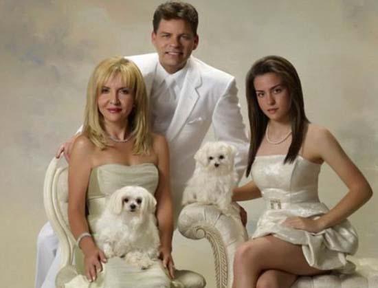 Παράξενες οικογενειακές φωτογραφίες με κατοικίδια (11)