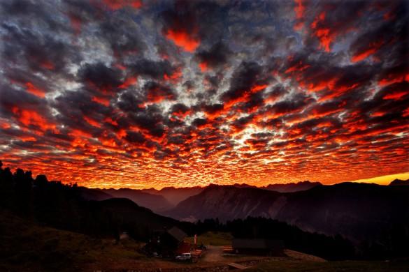 Φωτιά στον ουρανό | Φωτογραφία της ημέρας