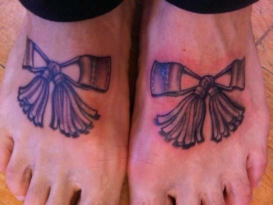 Άνθρωποι που έκαναν τατουάζ σε σχέδιο παπουτσιού (12)