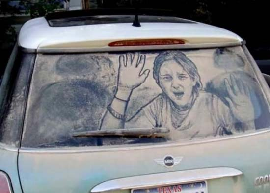 Τέχνη σε σκονισμένα αυτοκίνητα (10)
