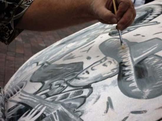 Τέχνη σε σκονισμένα αυτοκίνητα (24)