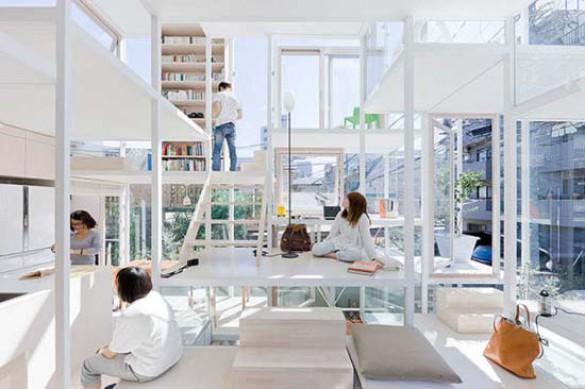 Ζευγάρι κατοικεί σε διάφανο σπίτι στο Τόκιο (1)
