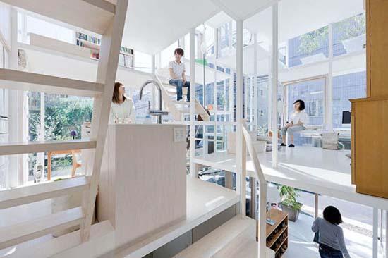 Ζευγάρι κατοικεί σε διάφανο σπίτι στο Τόκιο (12)