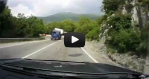 Τα πιο απίστευτα περιστατικά σε δρόμους της Ρωσίας (Video)