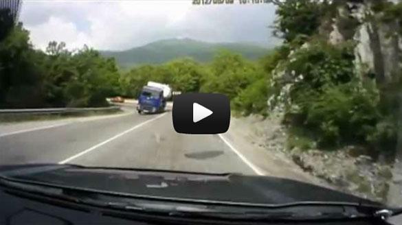 Τα πιο απίστευτα περιστατικά σε δρόμους της Ρωσίας
