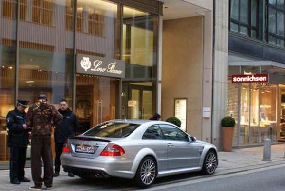 Τα αυτοκίνητα των αστεριών του Euro 2012 (3)
