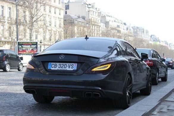 Τα αυτοκίνητα των αστεριών του Euro 2012 (9)