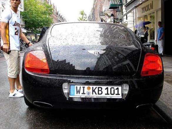 Τα αυτοκίνητα των αστεριών του Euro 2012 (14)