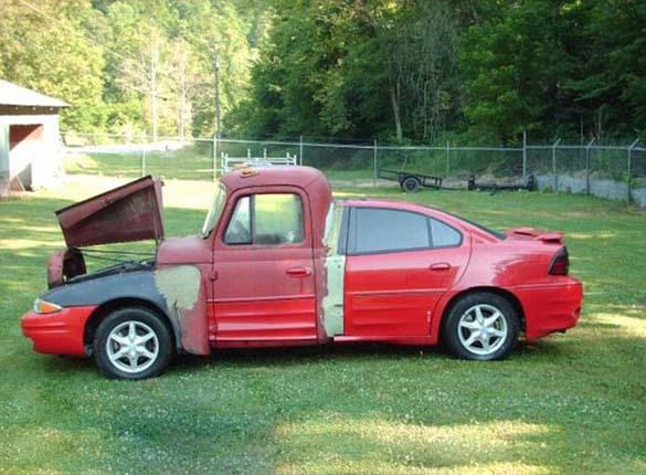 Διασταύρωση κουπέ με φορτηγάκι (1)