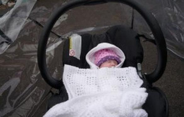 Κλέφτες ξέχασαν το μωρό τους στο σημείο της ληστείας