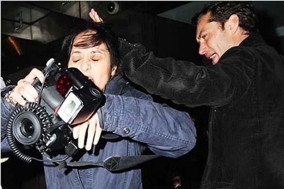 Όταν οι διάσημοι επιτίθενται σε paparazzi (11)