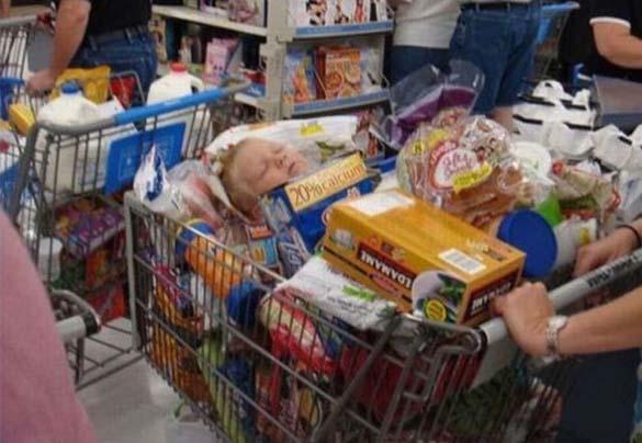 Παράξενες στιγμές στο Supermarket (2)