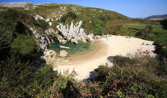 Playa de Gulpiyuri: Μια παραλία δίχως θάλασσα (3)