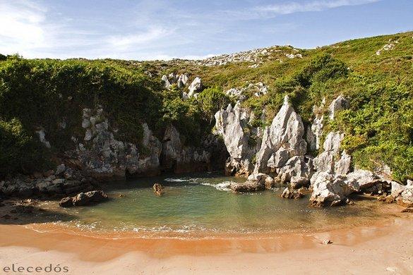 Playa de Gulpiyuri: Μια παραλία δίχως θάλασσα (4)