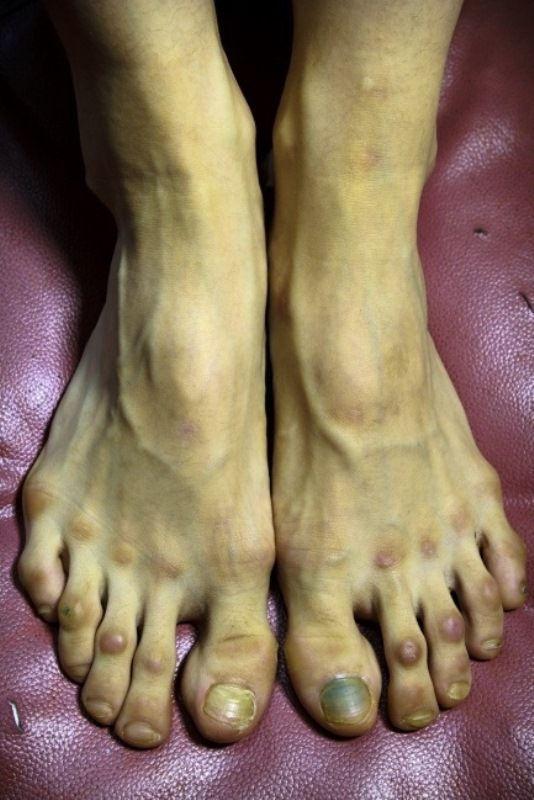 Τα πόδια μιας μπαλαρίνας (2)
