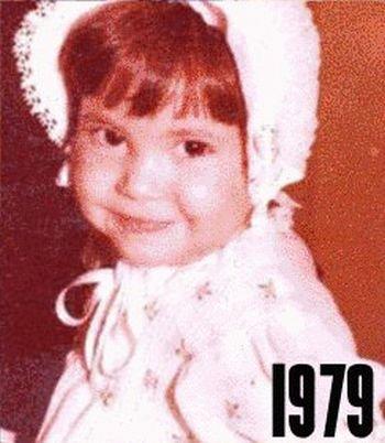 Shakira: 1977-2012 μέσα από φωτογραφίες (3)